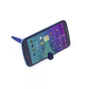 708 modelo com celular